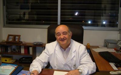 Antonio Laguna recoge el Premio de la Real Sociedad Española de Química como reconocimiento a su carrera investigadora